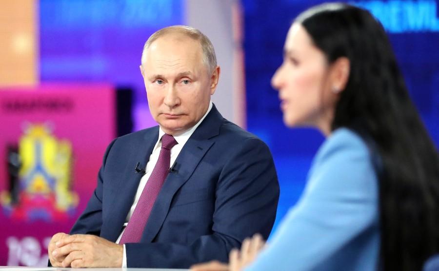 LD 5 XX 17 Ligne directe avec Vladimir Poutine - 30 juin 2021