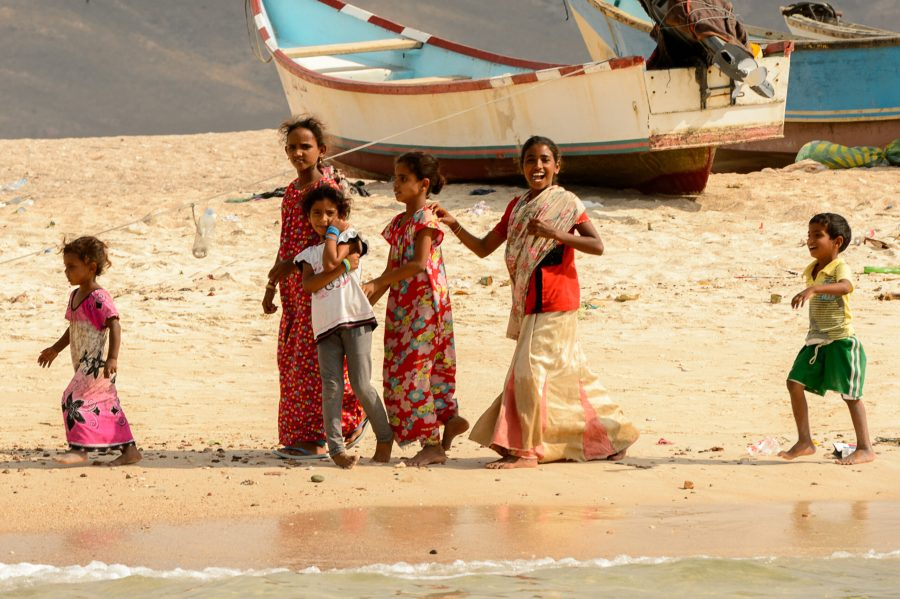 Socotra,,Yemen,-,Jan,12,,2014:,Unidentified,Yemeni,Children,With